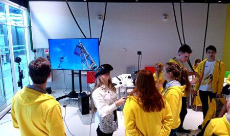 Презентация VR/AR симулятора/тренажёра – ГЕОЛОГ, реализованной на проектной смене Сириус-Роснефть